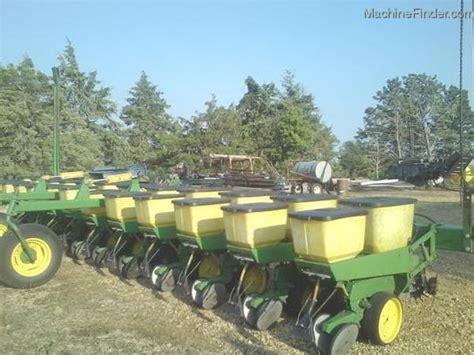 John Deere 7100 Planting Seeding Planters John Deere Deere 7100 Planter