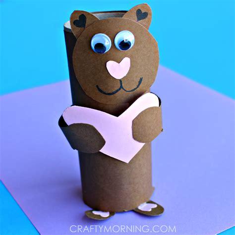 Pajangan Boneka Beruang membuat kerajinan tangan dari bekas gulungan tissu