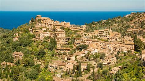 Deia, Mallorca   SeeMallorca.com