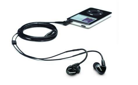 beast quality headphones 200 7 best headphones 200 dollars wired bluetooth