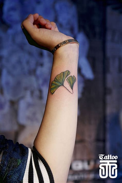 ginkgo leaf tattoo 34 best eight images on ideas