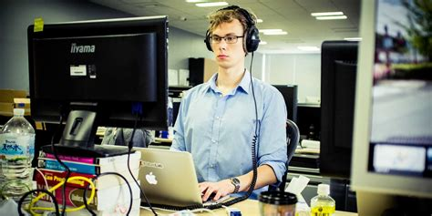 why people should learn french business insider khan academy instructor explains why coding is important