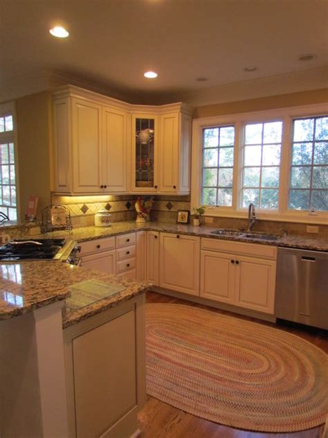 top 28 maple kitchen islands traditional maple 100 kraftmaid kitchen island kraftmaid maple amhurst