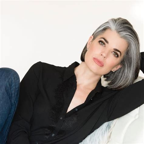 best haircolor for 52 yo white feamle highlighting hair to transition to gray