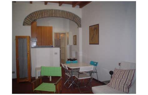 privato affitta appartamento monolocale centro storico