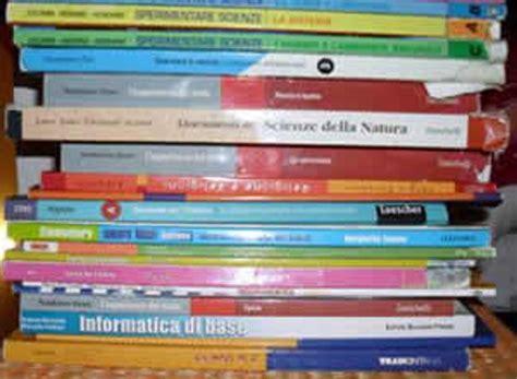 circolare libri di testo adozione dei libri di testo via al formato digitale