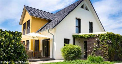 erbe ausschlagen wohnung erbe eigenheim zunehmend werden immobilien vermacht