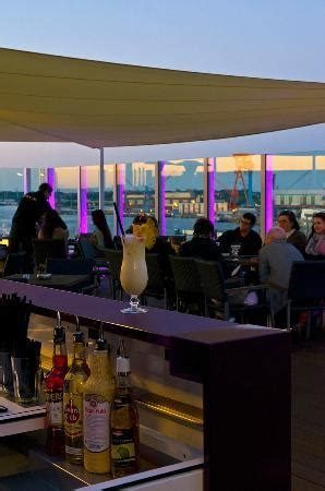 deck 8 kiel abendliche atmosph 228 re picture of deck 8 die bar im