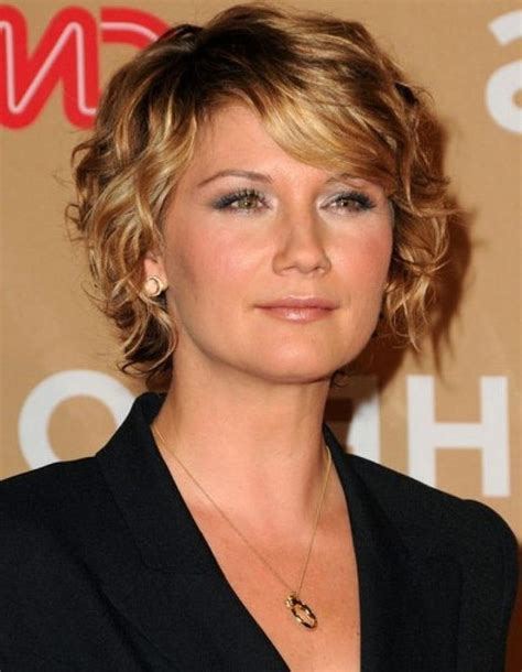 15 best short hair styles for women over 60 short over 40 hairstyles for curly hair hairstyles