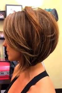womans haircut back touches top of shoulders front is longer carr 233 plongeant 30 raisons d y succomber coupe de
