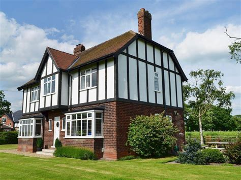 tudor house tudor house in selby selfcatering travel
