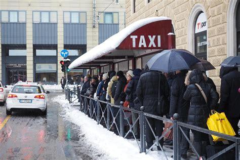 ufficio registro bologna neve a bologna caos treni ritardi e cancellazioni