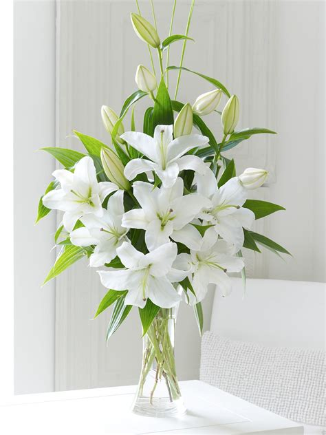 Lilies In Vase scented vase white
