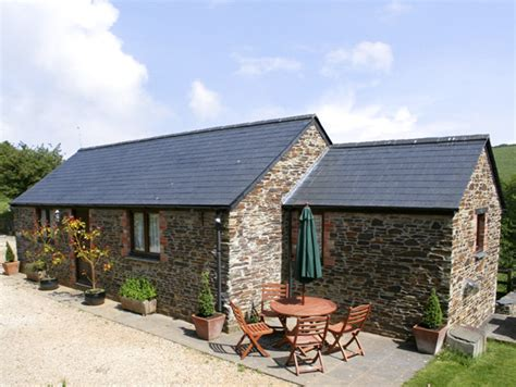 Friendly Cottages Near Padstow by Badger Cottage St Issey Alpha Lettings