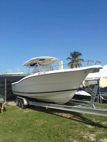 2004 pursuit 31 cc - Caribe Boat Sales Islamorada