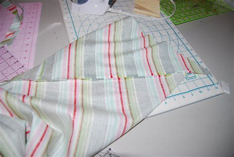 Bias Binding For Quilts by Traceyjay Quilts Continuous Bias Binding Tutorial