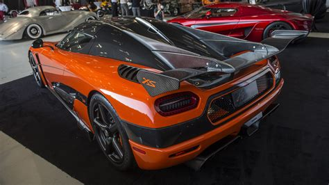 koenigsegg xs price the koenigsegg agera xs is here and it s very orange