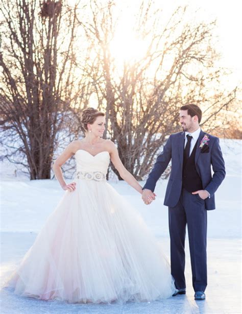 Winter Wedding Gowns by Top 13 Winter Wedding Dress Styles