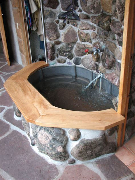 perfect outdoor bath just missing a pillow future homestead pinterest outdoor baths hot