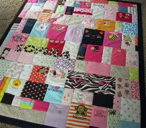Baby Quilts Made From Baby Clothes by 17 Best Ideas About Baby Clothes On Baby