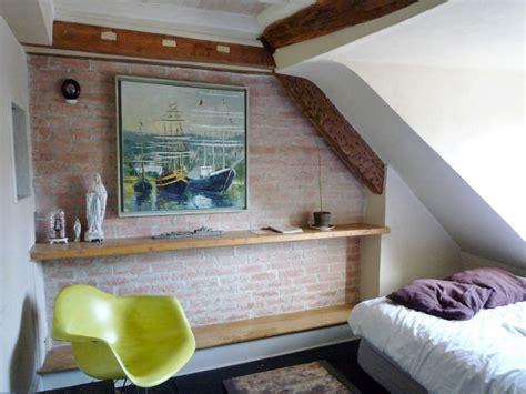 Paris 9e : Ancienne chambre de bonne rue des Martyrs Agence EA Paris