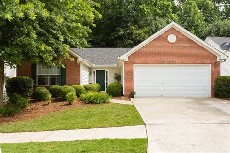 kennesaw home for sale 169 900 kennesaw real estate