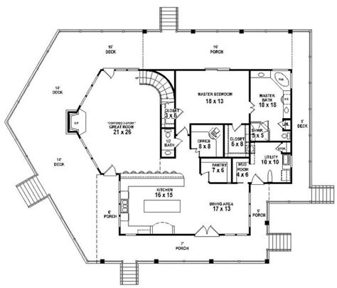 653767 3 bedroom 2 5 bath lakehouse with indoor and 653877 lake cabin house plan 3 bedroom 2 5 bath house