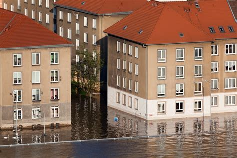 what to do until the lincoln water damage restoration