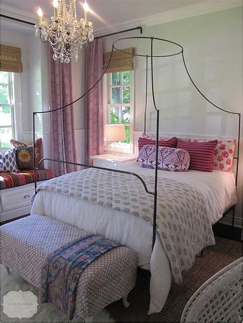 cannot get comfortable in bed best 25 iron canopy bed ideas on pinterest