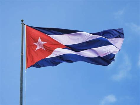 cuban cuba flag cuban exiles drop lawsuit against carnival