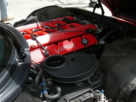 how cars engines work 2001 dodge viper spare parts catalogs file sc06 1993 dodge viper engine jpg wikimedia commons