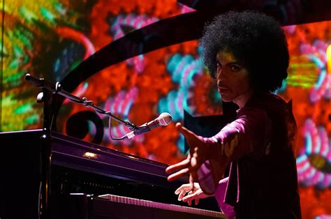 Prince On The by Live Review Prince Alone With A Piano At The Paramount