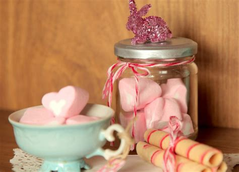 best homemade gifts for adults easter gift ideas adults plastic bunny glitter jar marhsmallows