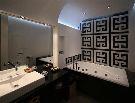Agréable Salle De Bain Grise Et Noire #1: Blanc-noir-contraste-salle-de-bains.jpg