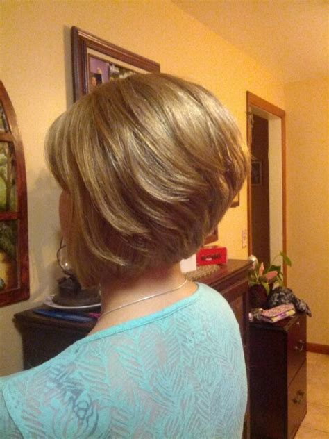 angled stacked bob back view www pixshark com images cute short hairstyle angled bob back view hannah me