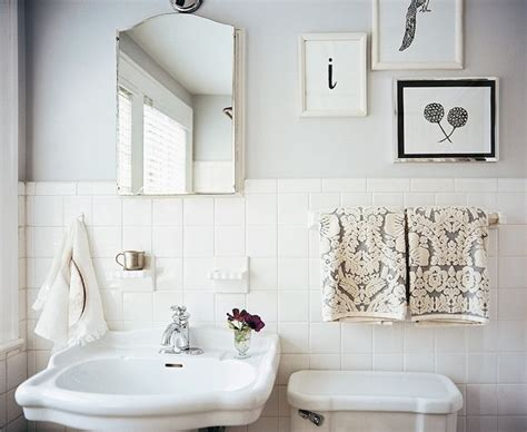 white bathroom tile paint 1000 images about small bathroom colors ideas on