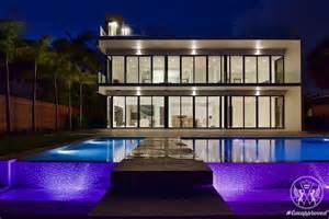 floyd mayweather purchases a 7 7 million home in miami