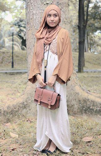 Maxi Sofia Kotak Kotak Belt fashion and foto gaya siti juwariyah yang