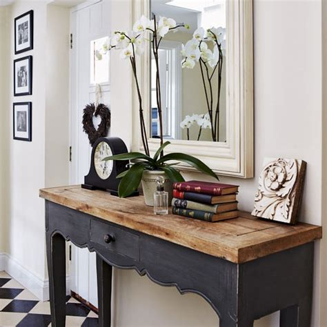 Hallway Console Table Rustic Console Table Take A Tour Around A Period Style Cottage Photo Gallery Housetohome
