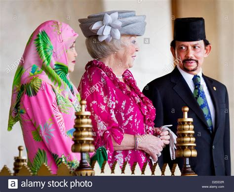 sultan hassanal bolkiah wives sultan hassanal bolkiah of brunei r and his wife