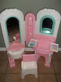 Play Vanity Mirror 100 00 Fisher Price All In One Dress Up Vanity Play Set