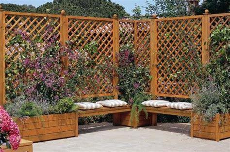 recinzioni in legno per terrazzi recinzioni con pannelli grigliati pannelli frangisole e