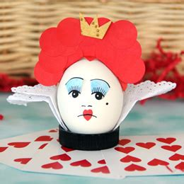 Humpty Dumpty Decorations Egg Decorating Ideas Alice In Wonderland Red Ted Art S Blog