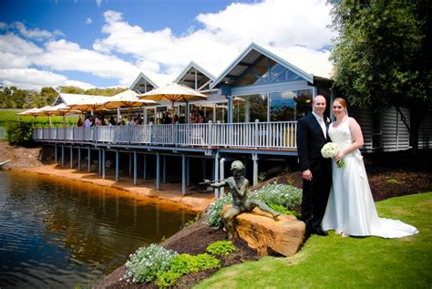 places get married in margaret river