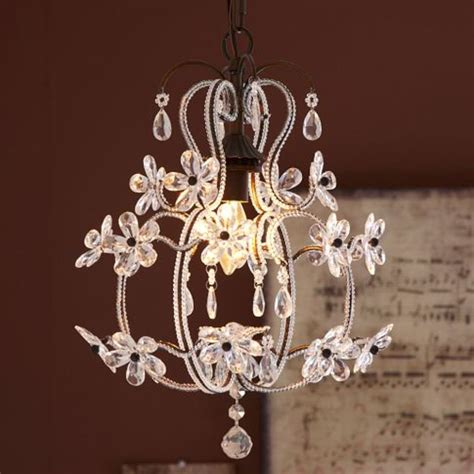 chandeliers for little girl rooms 10 chandeliers for your little princess room
