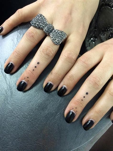 finger dot tattoos dots on fingers tattoos by garrison artist