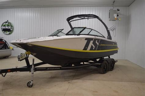 four winns boat dealer mn 2017 four winns ts222 power new and used boats for sale