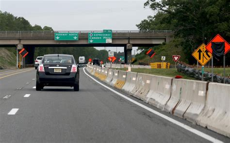 southbound parkway entrance in eht to for repairs