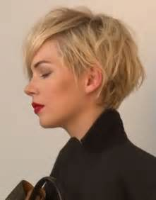 growing out hair but need a style michelle williams perfect short haircuts 2015 2016