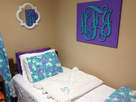 monograms the ultimate dorm room design avad fan monograms the ultimate dorm room design avad fan